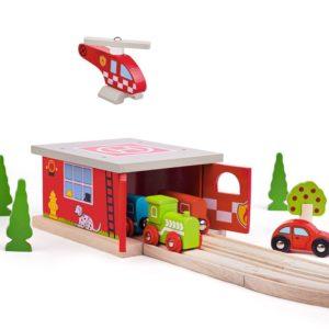Дървена пожарна станция с хеликоптер Bigjigs Rail BJT262 1